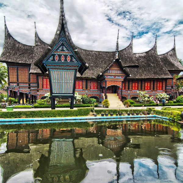 taman mini indonesia tours
