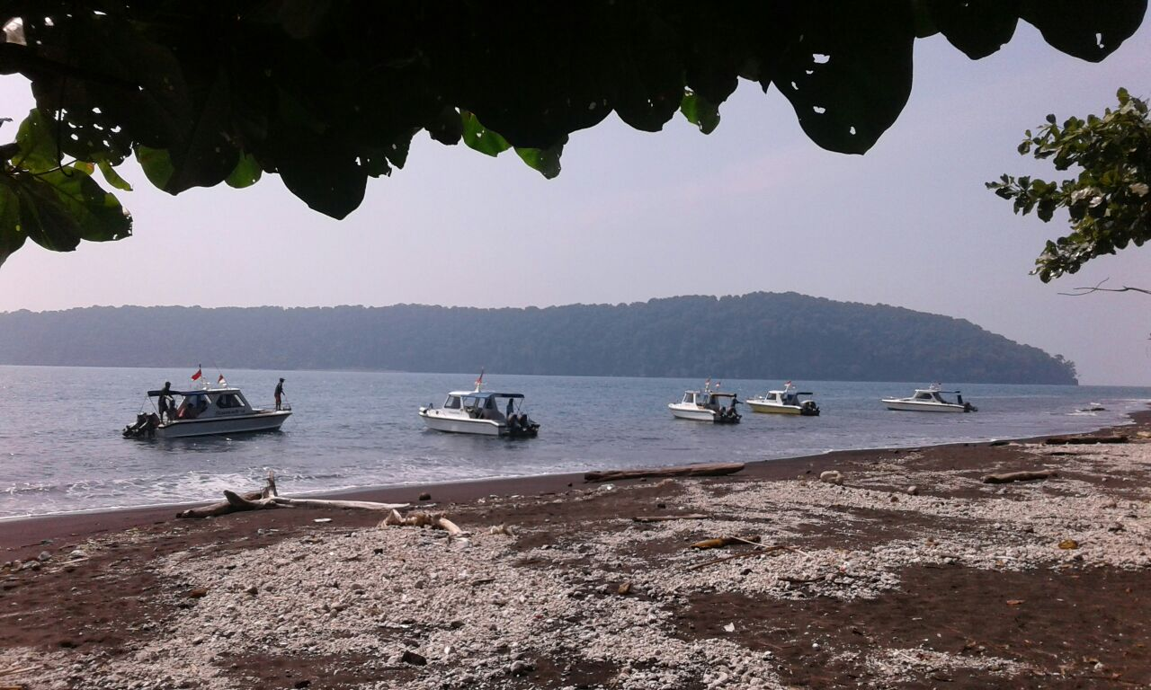 Krakatao beach
